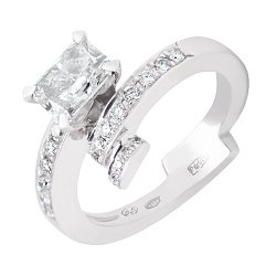 Кольцо из белого золота с бриллиантами Лаура