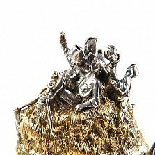 Серебряная статуэтка В пути