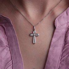 Крестик из белого золота Изящество с бриллиантами