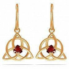 Золотые серьги-подвески Трикветр с синтезированным рубином