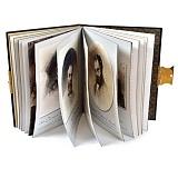 Книга Мистецька спадщина Т.Г. Шевченко (на украинском языке)