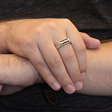 Серебряный перстень-печатка Мортимер с полосками черной эмали и фианитом