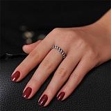 Золотое кольцо с черными и белыми бриллиантами Бриллиантовая россыпь