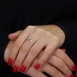 Золотое кольцо с кристаллами циркония Амели