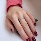 Серебряное кольцо Сьюлин с фианитами