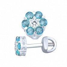 Серебряные пуссеты Очарование с цветочком из голубого и белого циркония