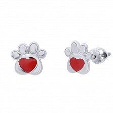Серебряные серьги-пуссеты Лапка с сердцем с красной эмалью,8х8 мм