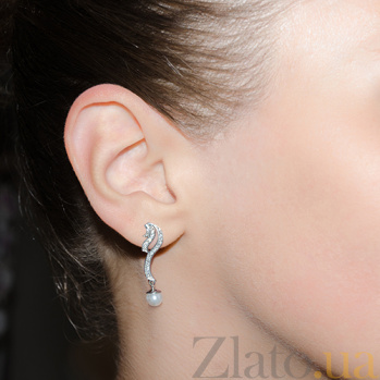 Серебряные серьги Совершенство с жемчугом TNG--520234С
