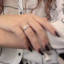 Серебряное кольцо Филадельфия с золотыми накладками и дорожками фианитов