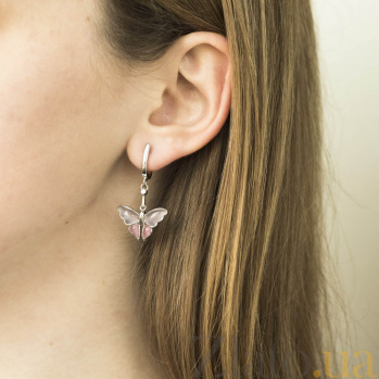 Серебряные серьги-подвески Мотыльки с сиренево-розовыми улекситами и завальцованными фианитами 000093855