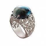Золотое кольцо с бриллиантами и лунным камнем Porcelain