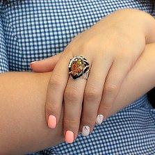 Серебряное кольцо Эллина с имитацией янтаря, черным ониксом и фианитами