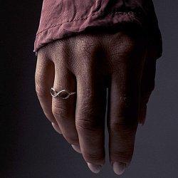 Кольцо из серебра Infinity с чернением 000091400