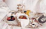 Подарок со вкусом: посуда из драгметаллов на 8 марта