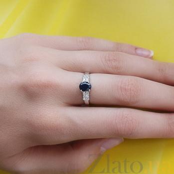 Серебряное кольцо с сапфиром и фианитами Лауретта 44060