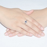 Кольцо из белого золота Мирах с сапфиром и бриллиантами