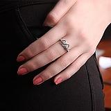 Серебряное кольцо с цирконием Два сердца