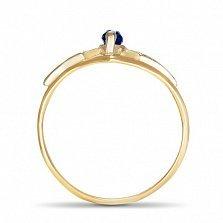 Золотое кольцо Сабрина с узорной шинкой, синтезированным сапфиром и фианитами