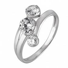 Серебряное кольцо с тремя фианитами